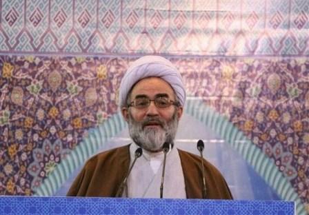 اخذ عوارض در امامزاده هاشم برداشته شود/این عوارض موجب سختی مردم گیلان است